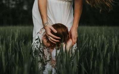 Pyhällä äitiyden polulla